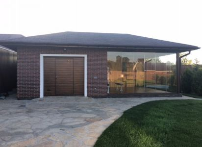 Спорт зал с гаражом